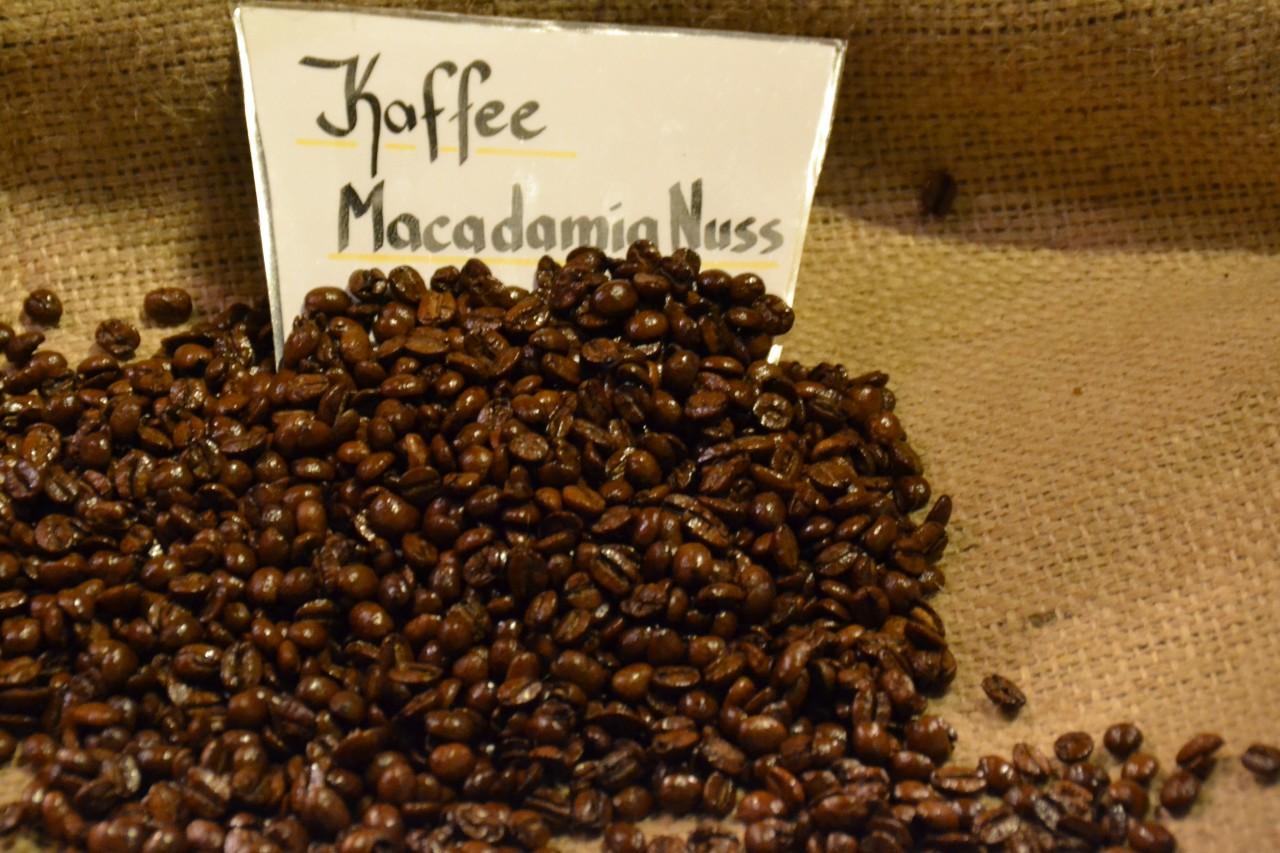 Kaffee Macadamia-Nuss